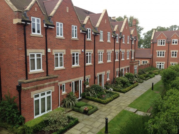 Exterior decoration of 9 houses in billingshurst
